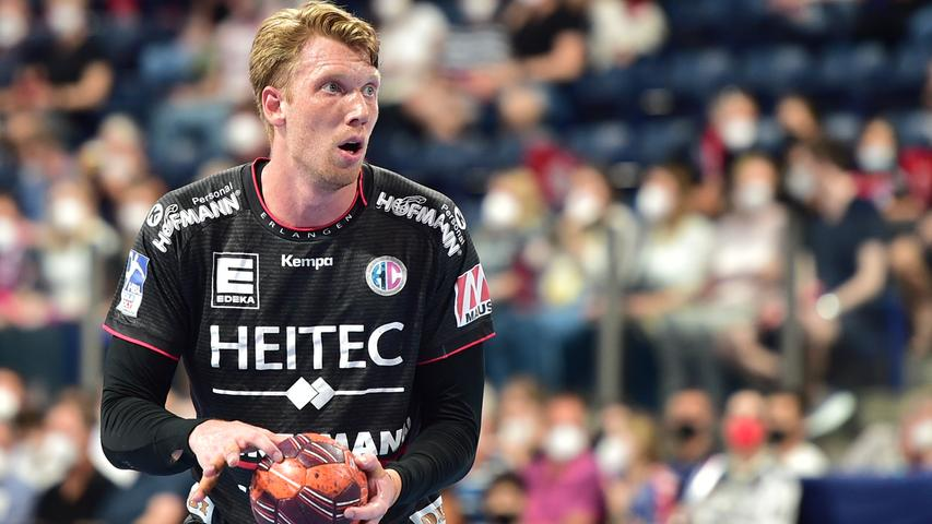 23.06.2021 --- Handball --- 1. Bundesliga LIQUI MOLY HBL --- Saison 2020 2021 --- 37. Spieltag: HC Erlangen Metropolregion Nürnberg HCE - SG Flensburg-Handewitt --- Foto: Sport-/Pressefoto Wolfgang Zink / OGo --- ..Simon Jeppsson (42, HC Erlangen HCE )