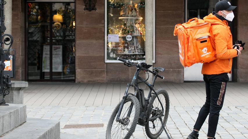 Keine eigenen Bikes und Smartphones mehr: Lieferando-Kuriere bekommen Recht