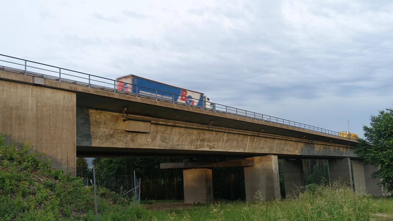 Der geplante Neubau der Talbrücke Krondorf war Thema einer Informationsveranstaltung in Günching.