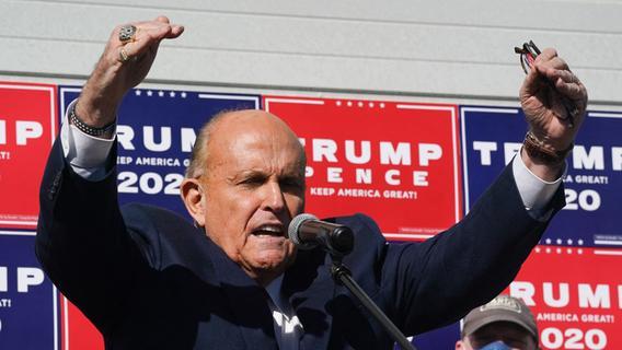Trump-Anwalt Giuliani verliert wegen Wahl-Lügen vorläufig seine Lizenz