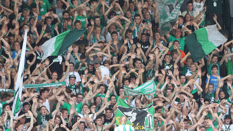 Rückblick: Am 25. August 2012 war der Ronhof voll als der FC Bayern München zum Bundesligaspiel in Fürth gastierte. IM September 2021 kommt der Rekordmeister erstmals wieder zu einem Punktspiel.
