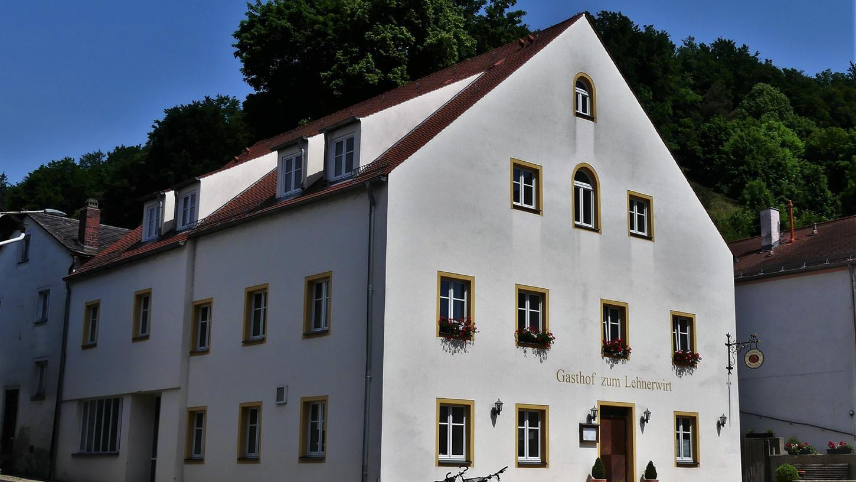 Ein Schweizer übernimmt den Lehnerwirt in Breitenbrunn