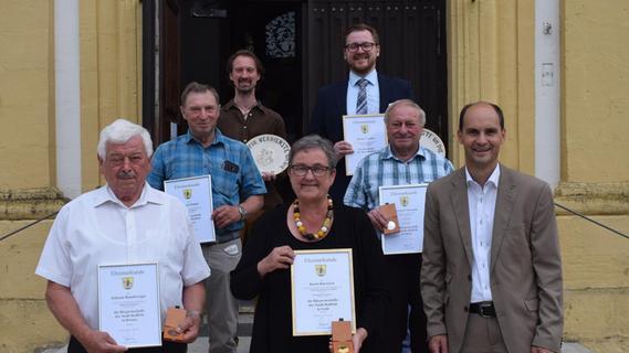 Hohe Ehre für die Hollfelder Altbürgermeisterin Karin Barwisch