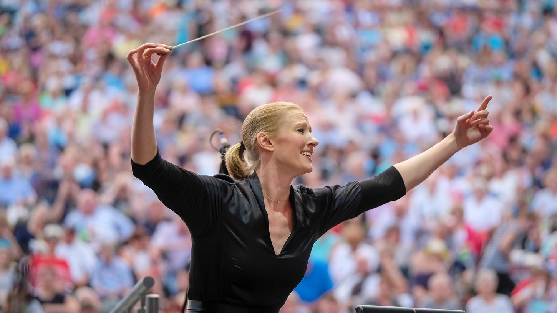 Generalmusikdirektorin Joana Mallwitz dirigierte das Klassik Open Air im Jahr 2019.
