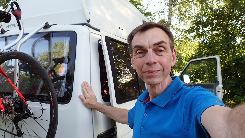 Matthias Lederle aus Schwabach lebt infolge einer Krebserkrankung ohne Zunge - und ziemlich isoliert.