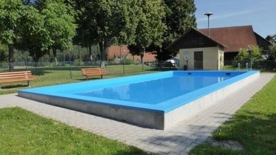 Höfener Schwimmbecken braucht eine Badeaufsicht