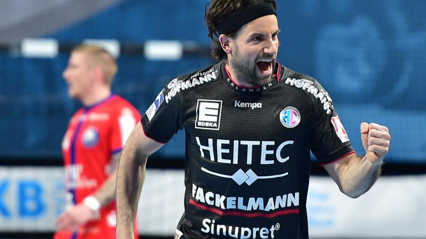 Mehr Spiele als erwartet durfte Florian von Gruchalla (33 Einsätze) bestreiten. Bewies sich offensiv wie defensiv als enorm verlässlicher Rechtsaußen, hat aber mit 58 Prozent eine deutlich niedrigere Trefferquote als seine Konkurrenten Olsson und Sellin (je über 70 Prozent). Note 3.