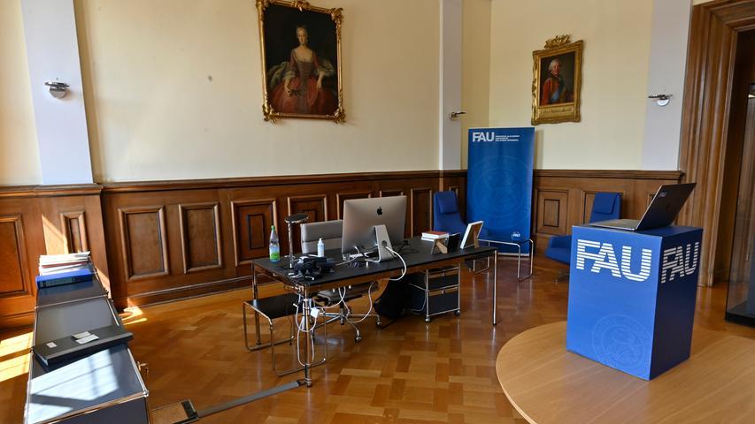 Das Arbeitszimmer des Präsidenten der Friedrich-Alexander-Universität im ersten Stock des Erlanger Schlosses.