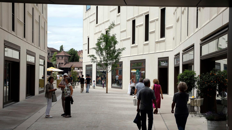 Neue Wege: Vom Hauptmarkt geht es durch Tuchgasse und Augustinerhof weiter zum Trödelmarkt.