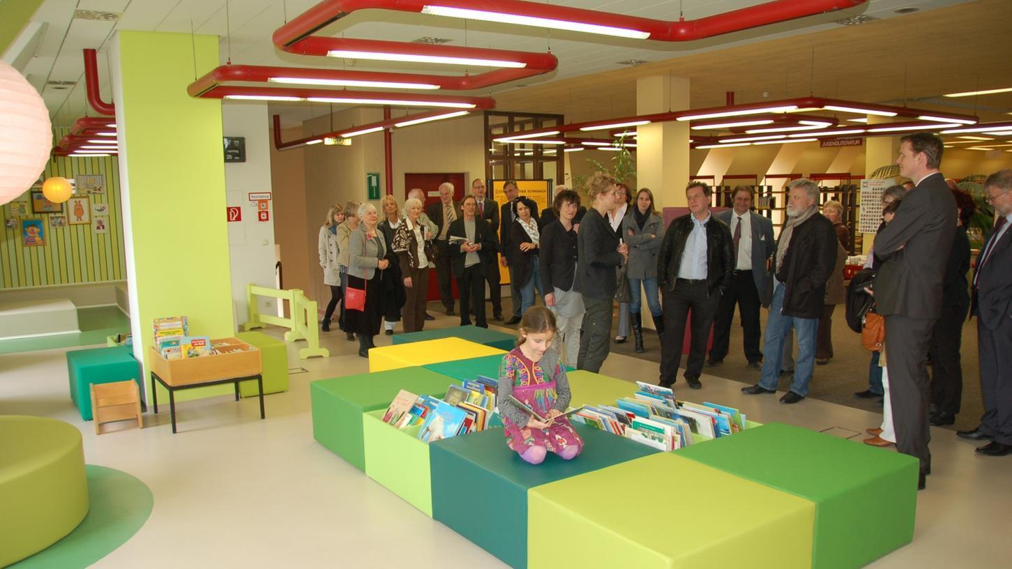 Das neue Domizil für junge Leser: Die neu gestaltete Kinderbibliothek in der Schwabacher Stadtbücherei wurde gestern offiziell eröffnet.