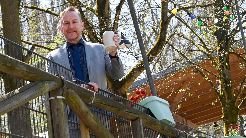Kellerwald-Bürgermeister Udo Schönfelder vermisst das Annafest. Auch heuer entfällt es, nur drei Fahrgeschäfte für Kleinkinder und drei Buden werden Ende Juli im Kellerwald verteilt sein
