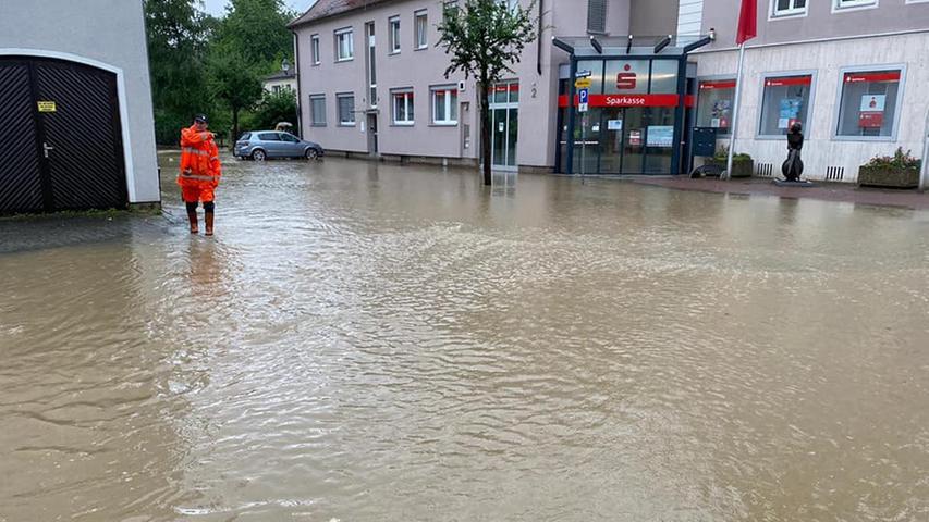 In Uffenheim waren die Straßen ebenfalls geflutet.