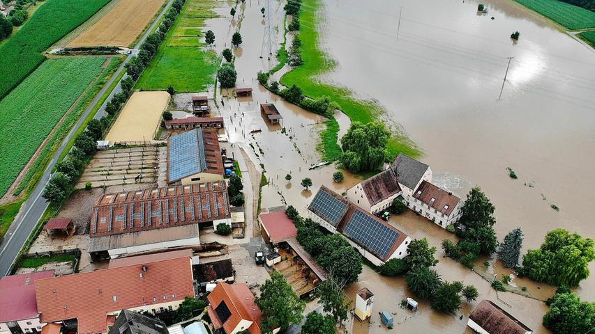 Überschwemmungen in der ganzen Region: Die Bilder zum Unwetter