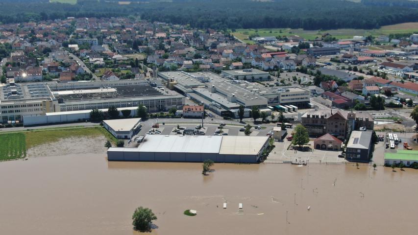 Luftbilder aus Höchstadt und Umgebung: Das ganze Ausmaß des Aisch-Hochwassers
