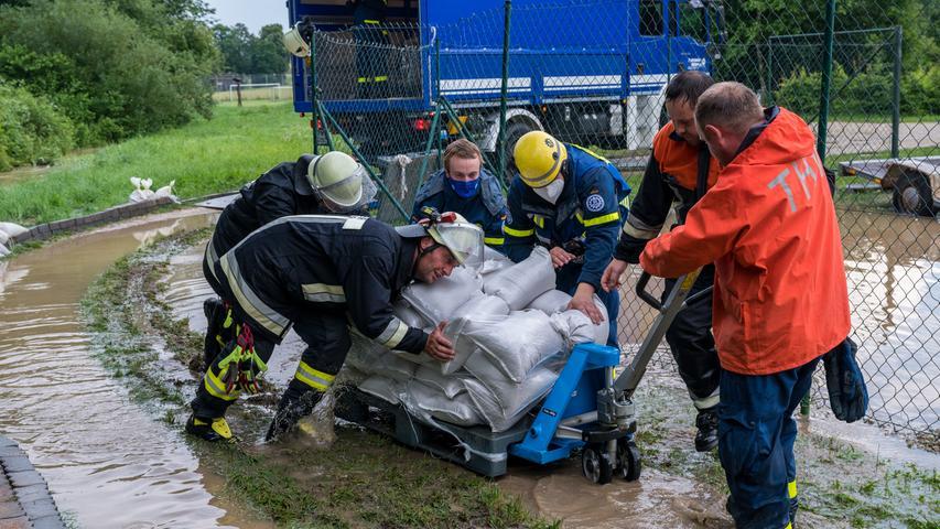 Hochwasser: Land unter im Landkreis Roth