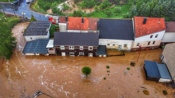 Hochwasser in Franken: Wer kommt für den Schaden auf?