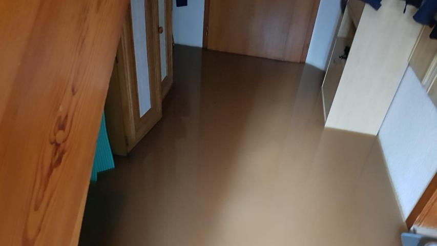 In diesem Haus in der Färbergasse stand das Wasser im Flur.