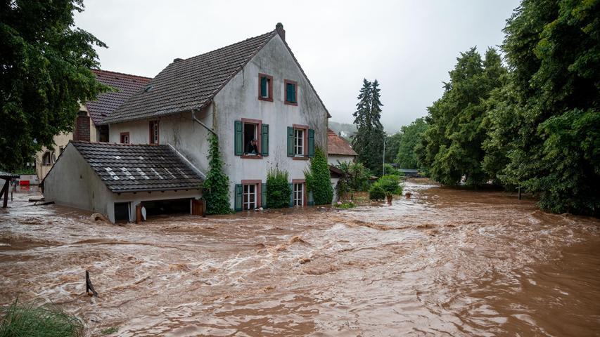 Ganze Teile des Dorfes standen unter Wasser.