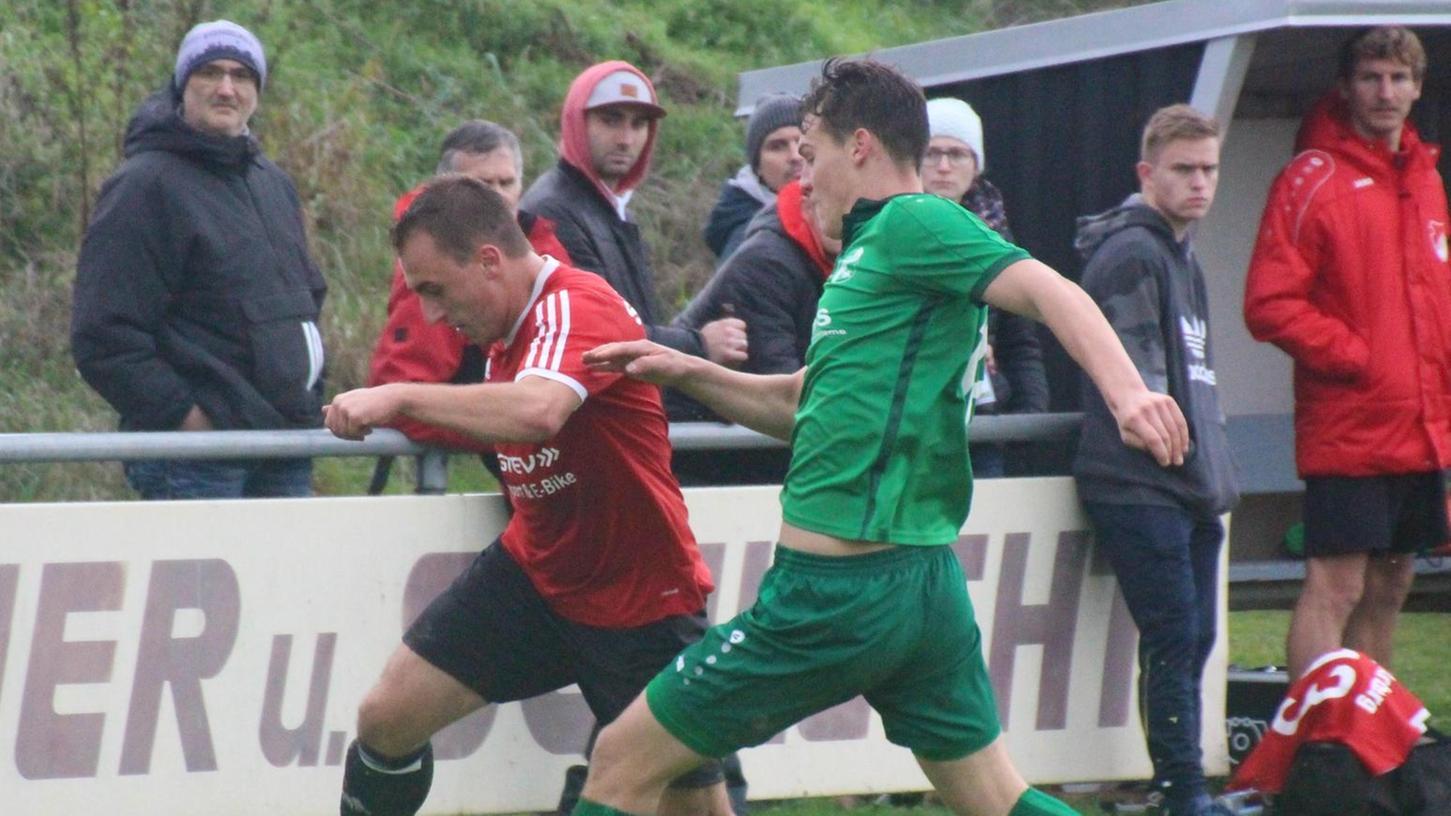 Auch in der neuen Saison ein Topspiel in der Kreisliga Nürnberg/Frankenhöhe - das Duell zwischen dem SV Arberg und der SpVgg/DJK Wolframs-Eschenbach (grün).