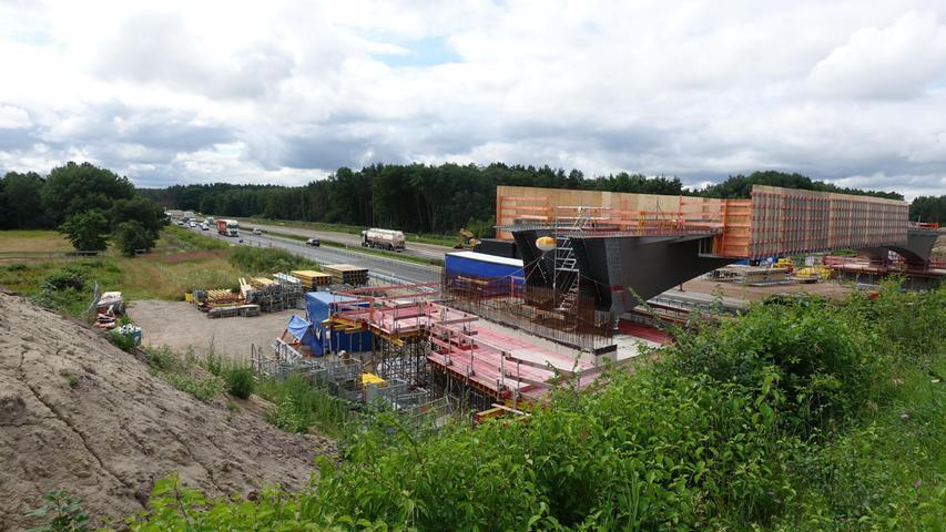 Die wichtige Verbindung zwischen Neuhaus und Klebheim/Buch bei Gremsdorf/Dannberg erhält eine neue Brücke.