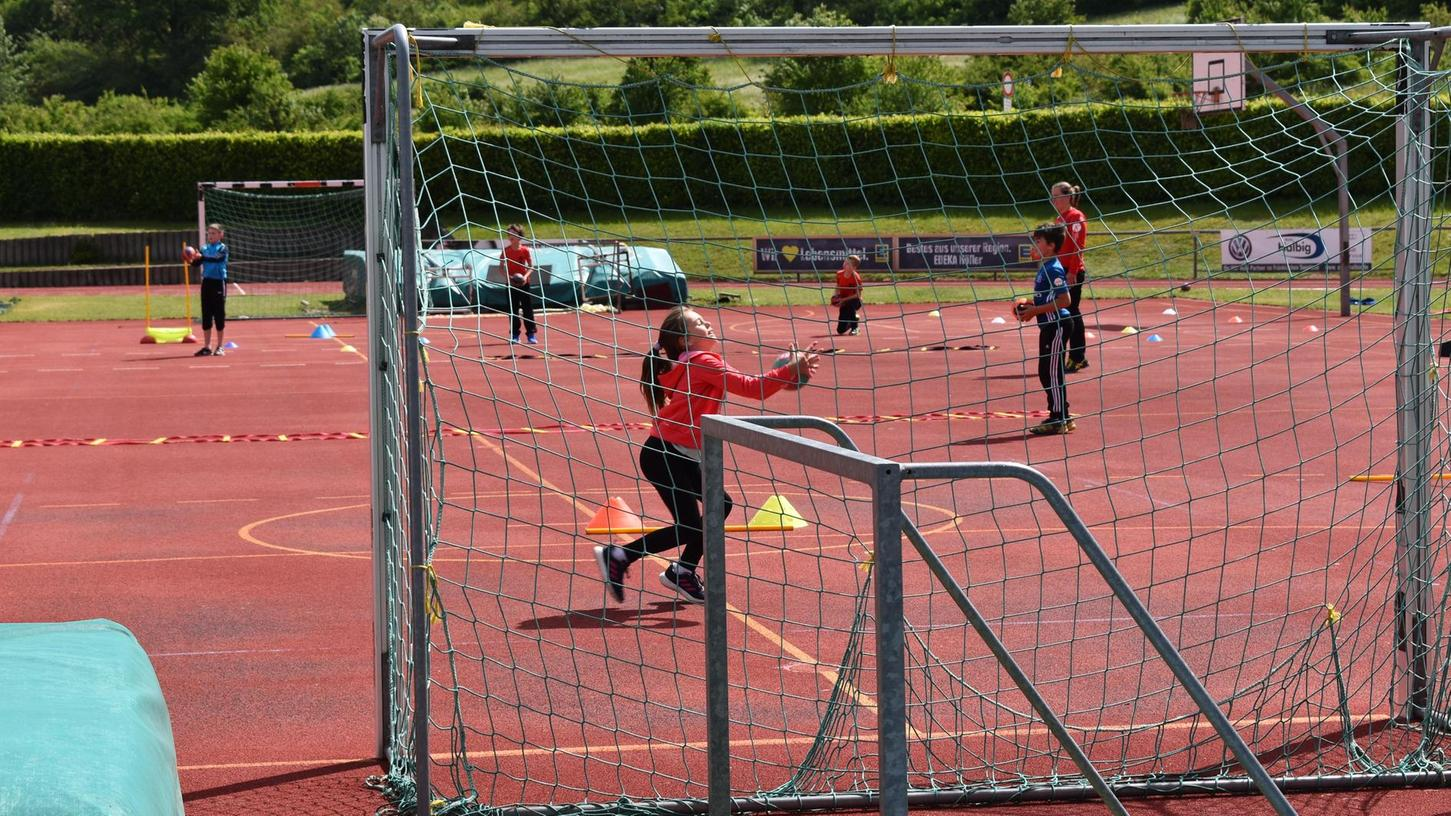 Kinder, die auf dem TV-Platz Sport treiben - dieses Bild soll es auch in den Sommerferien 2021 wieder geben.