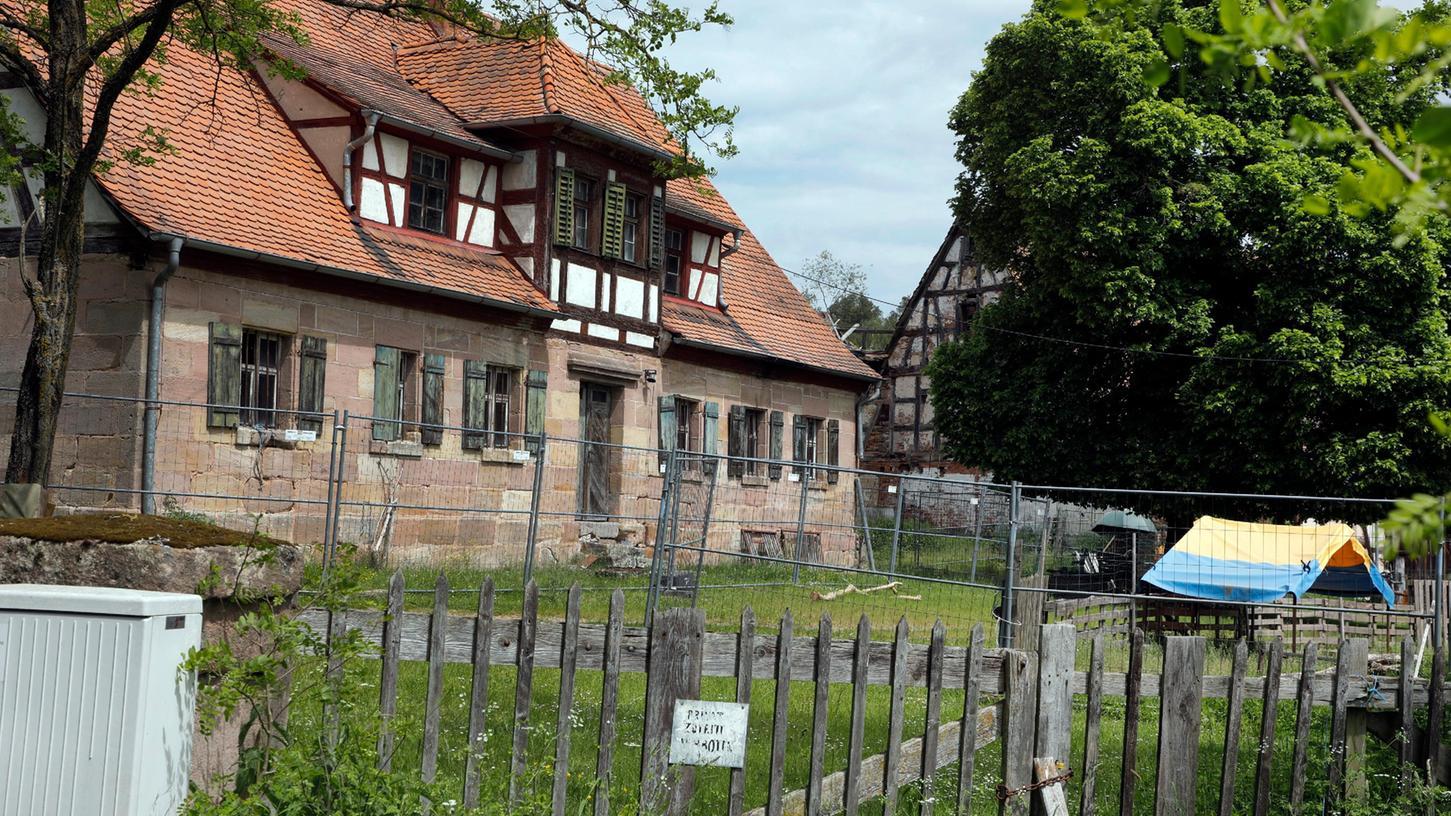 Der Königshof im Nürnberger Süden steht seit Jahrzehnten leer.