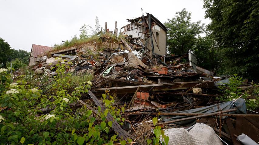 Jahrelang gammelte die Ruine des