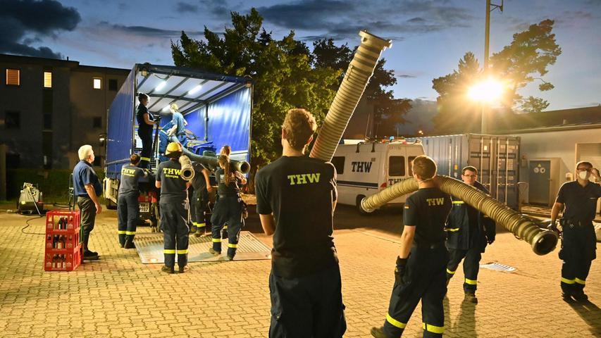 So rüstet sich das THW Erlangen für Einsatz im Katastrophengebiet