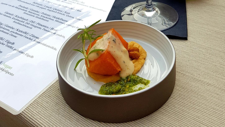 Im Alois am Tiergärtnertor serviert ein junges Team vegan, vegetarisch und fleischhaltige Crossover-Küche.