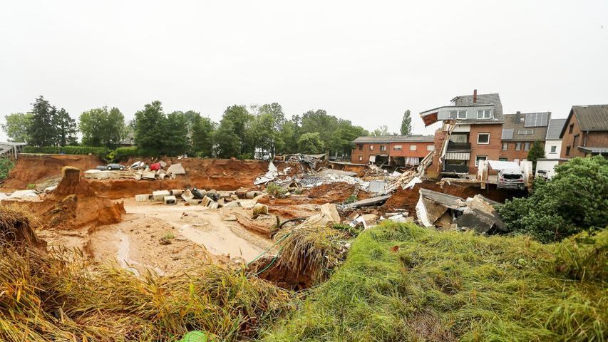 Erftstadt in Nordrhein-Westfalen ist von dem Hochwasser besonders schwer betroffen.