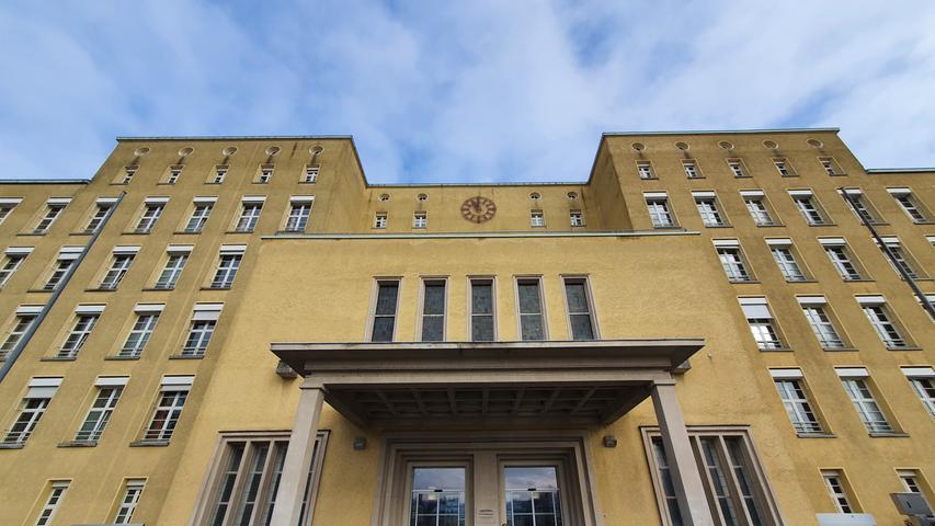 Fürther Klinikum: Ex-Personalchef veruntreute eine halbe Million Euro