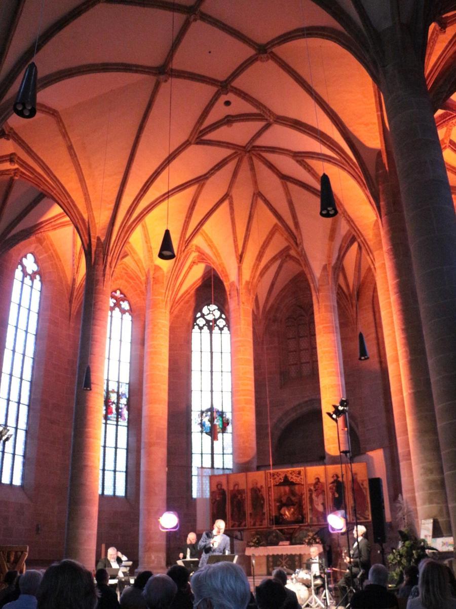 Herrliche Beleuchtung: Die Weißenburger Stadtkirche war stimmungsvoll in Szene gesetzt.
