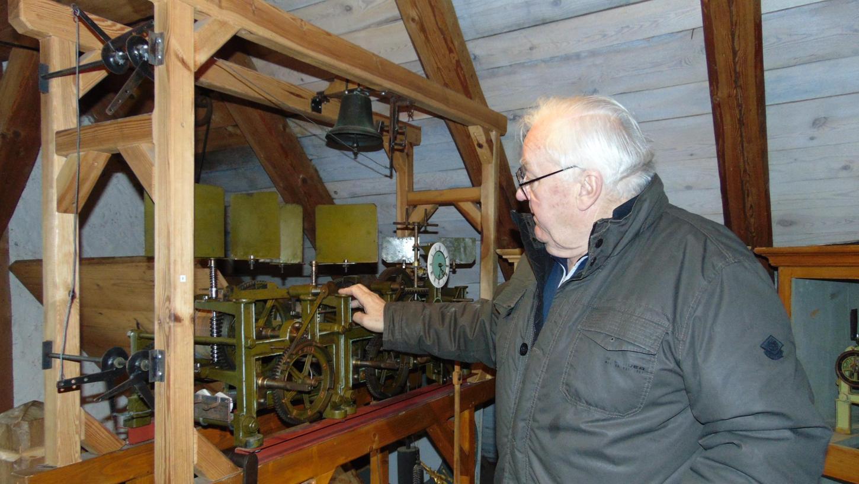 Georg Rammensee hört auf: Der 78-Jährige hat das Turmuhrenmuseum in Gräfenberg vor 22 Jahren gegründet und es seit dem geführt. Doch nun muss er aus gesundheitlichen Gründen kürzer treten.
