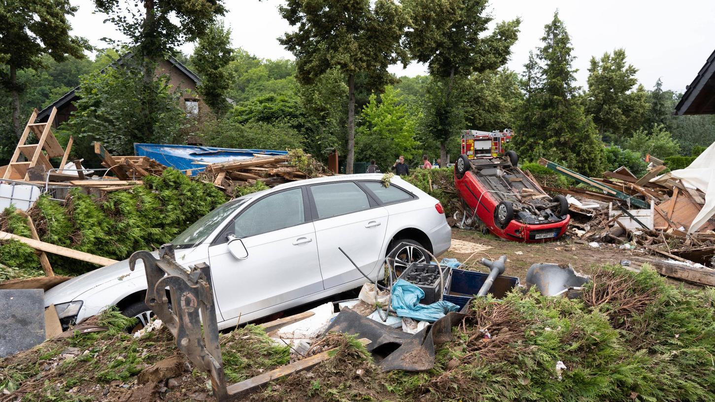 Ein Bild der Zerstörung nach dem Hochwasser in Iversheim, NRW.