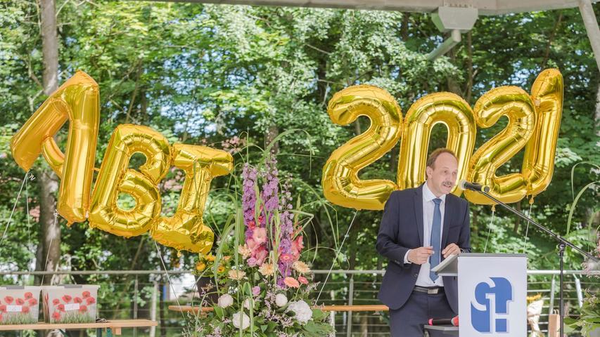 Motiv: Abiturfeier, Entlassung Abiturienten Gymnasium Herzogenaurach 2021  Foto: Thomas Welker