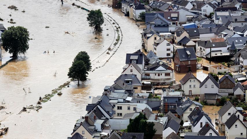 Der Ort Dernau im Landkreis Ahrweiler, der beinahe komplett von den Wassermassen geflutet wurde. Viele Menschen verloren alles.