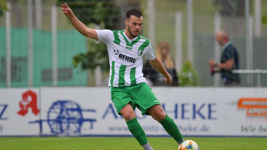 Nicht mit seinen ehemaligen Teamkollegen jubeln konnteArdit Topalaj. Der Eltersdorfer Zugang spielte bis zuletzt beim VfB Eichstätt. Bei den Quecken ersetzt er den abgewanderten Kevin Woleman in der Innenverteidigung.