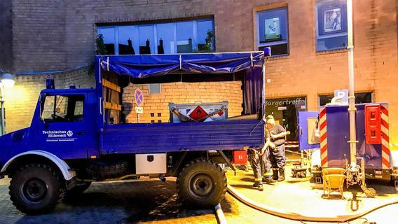 Technik- und Heu-Hilfe aus Forchheim für Hochwasseropfer in NRW