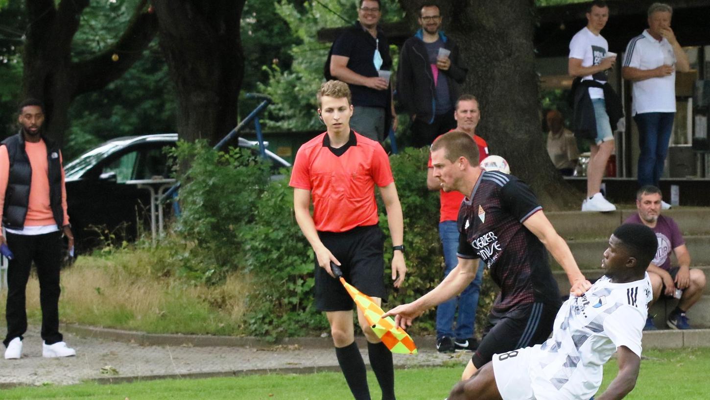 DFB-Pokal auf Verbandsebene Quali-Runde    SpVgg Jahn Forchheim (weiß) - TSV Buch    Fotos: Niko Spörlein