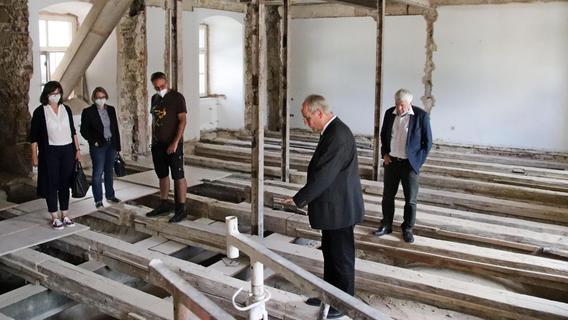 Arbeiten im Kloster Michelfeld kommen gut voran