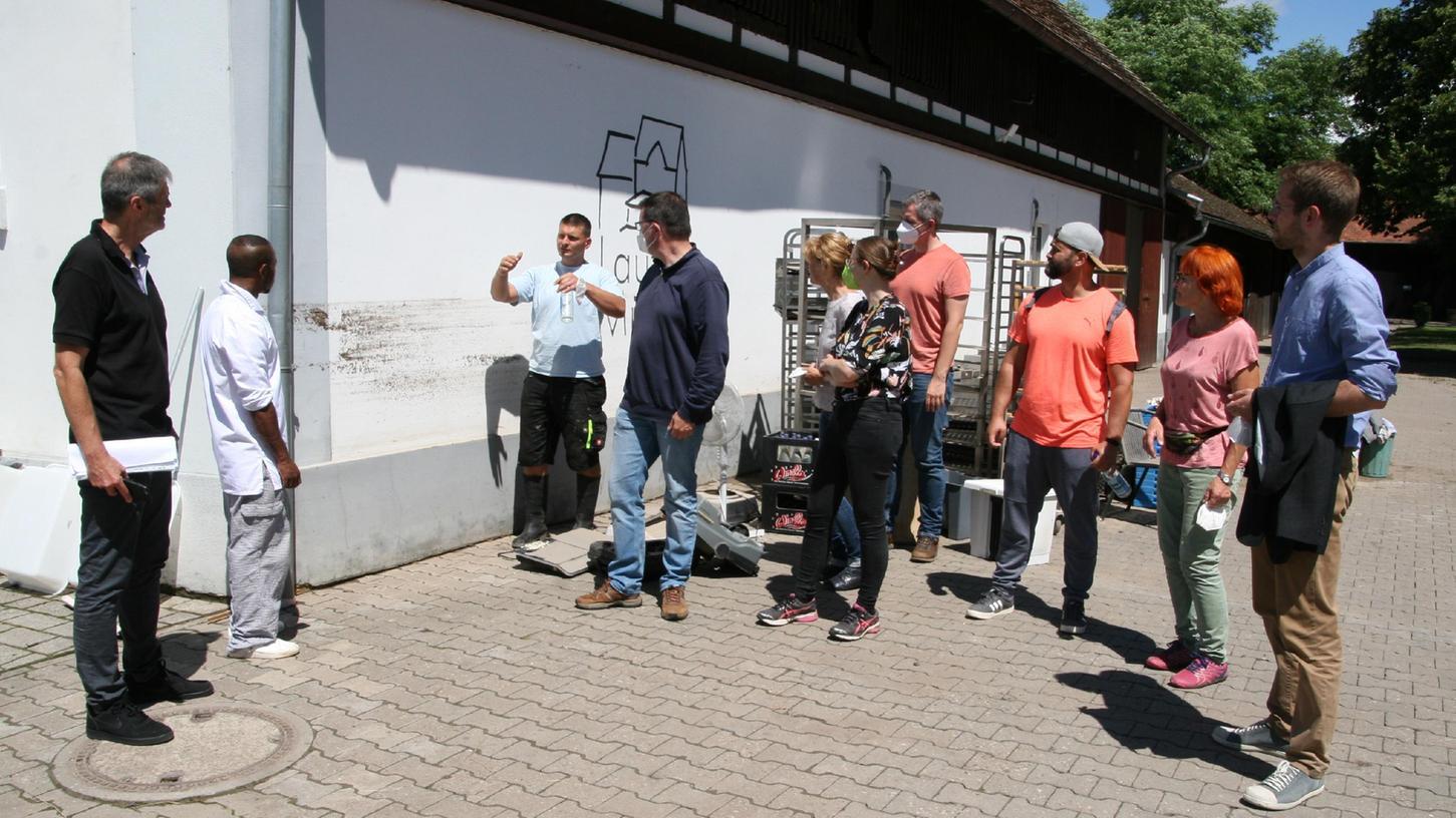 In Hallerndorf wurden die Schäden begutachtet, die das Hochwasser hinterlassen hat.
