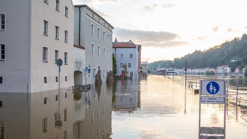 Donau und Inn treten über die Ufer: Hochwasser in Passau