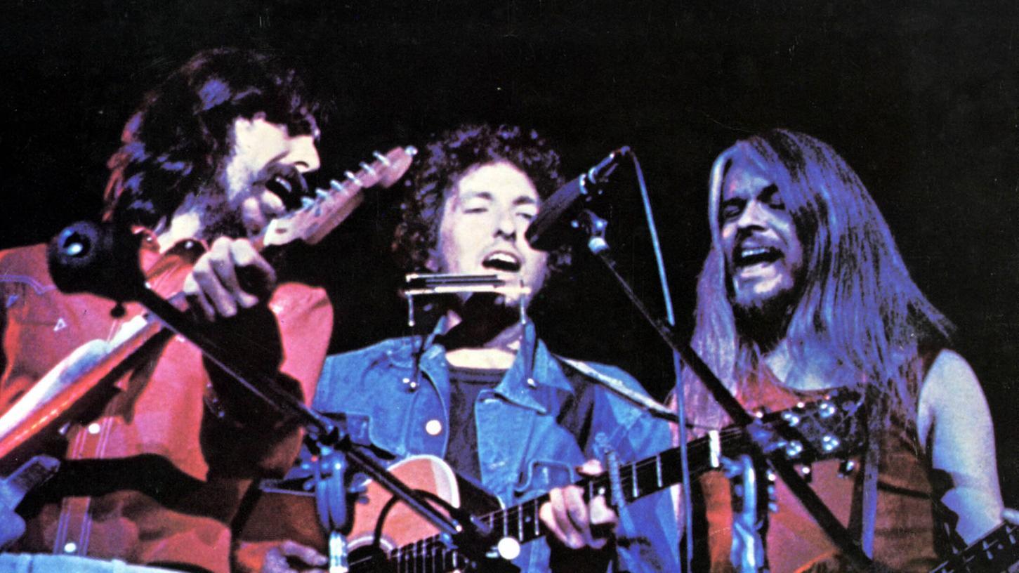 George Harrison, Bob Dylan und Leon Russell beim ihrem gemeinsamen Auftritt im Madison Square Garden vor 50 Jahren.
