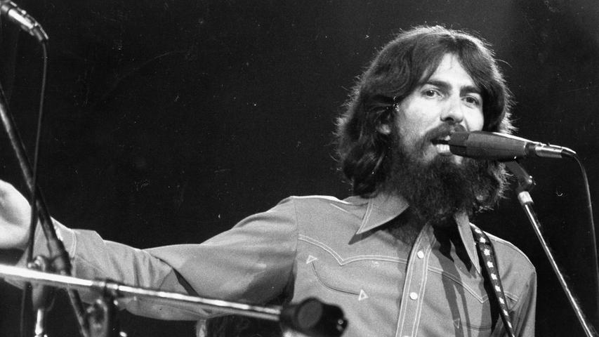 Ex-Beatle George Harrison hatte damals in kürzester Zeit seine Musikerfreunde zusammengetrommelt.