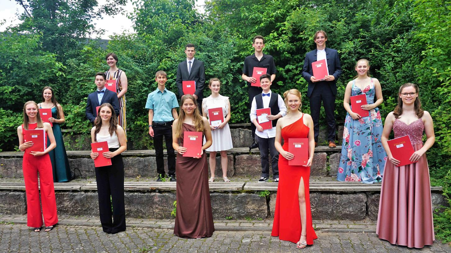 Gymnasium Parsberg entlässt 61 Abiturienten