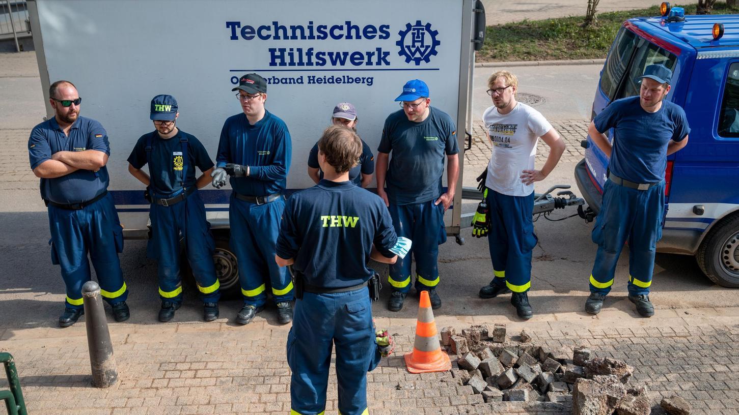 Katastrophenhelfer beim Einsatz in Rheinland-Pfalz.
