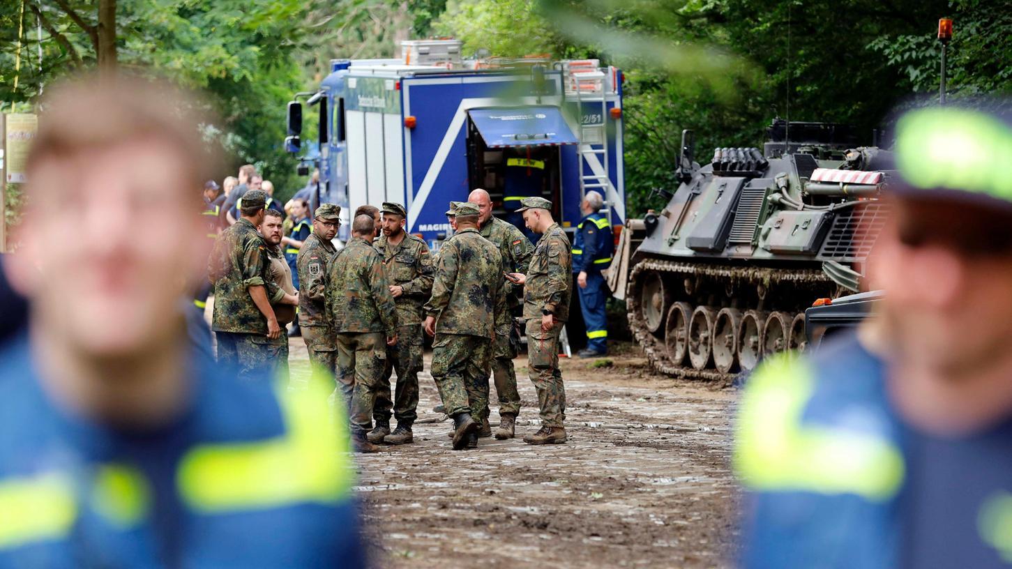 Wie zuverlässig warnen Bayerns Behörden bei Katastrophen?