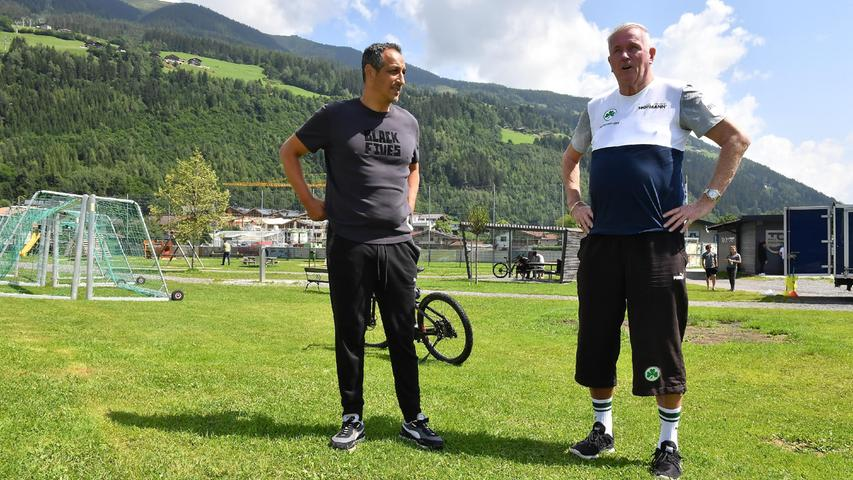 Am Montag schaute auch Kleeblatt-Urgestein und Ehrenrat Wolf Nanke am Trainingsplatz vorbei. Er kennt sich in Bramberg und Neukirchen aus, weil er in der Gegend immer wieder Urlaub macht.