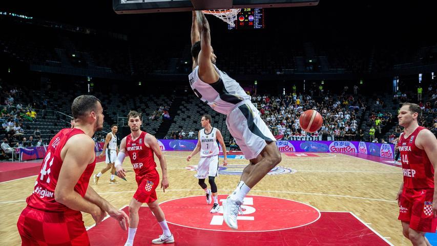 Johannes Thiemann aus Neunkirchen am Brand spielt hauptberuflich Basketball für Alba Berlin, bei den Spielen in Tokio darf er das auch für das deutsche Team machen, das sich erst kürzlich in Split noch einen Startplatz gesichert hat.