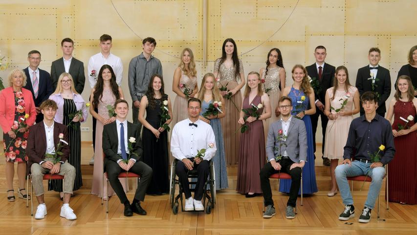 Auch die Absolventen des Deutschkurs 4 am Simon-Marius-Gymnasium erhielten in der Zionshalle ihre Abiturzeugnisse.
